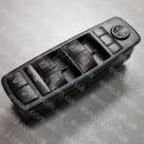 Кнопка управления стеклоподъемником L Mercedes A-Class W169 B-Class W245
