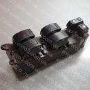 Кнопка управления стеклоподъемником L Toyota Camry V30, Cololla E130, E120, Prado J120, Sienna L20